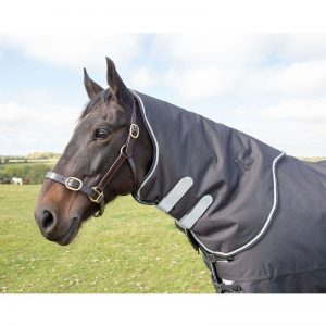 Shires Tempest Plus 300g Neck Cover-Black