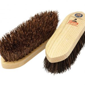Equerry Wooden Dandy Brush – Large – Brown