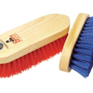 Equerry Wooden Dandy Brush – Medium – Red
