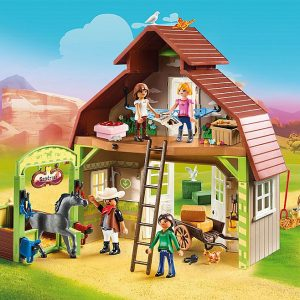 Playmobil – Barn with Lucky, Pru and Abigail